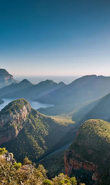 23-daagse groepsrondreis - inclusief vliegreis Zinderend Zuid-Afrika (standaard accommodaties)
